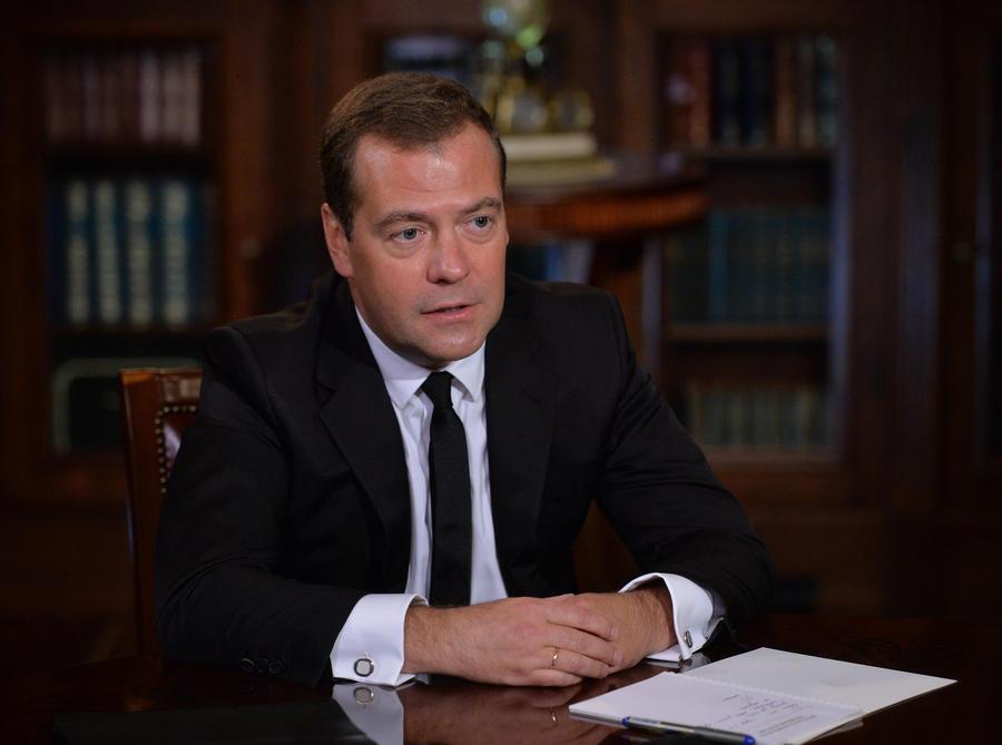 Дмитрий Медведев: Кризис в Донбассе может быть разрешён только самими украинцами