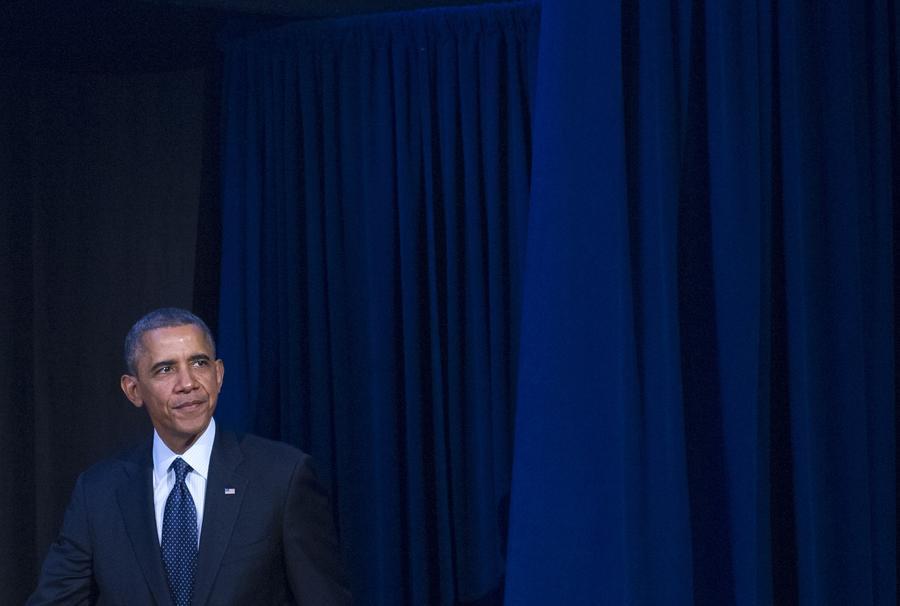 В США высокопоставленного чиновника уволили за публичную критику Барака Обамы