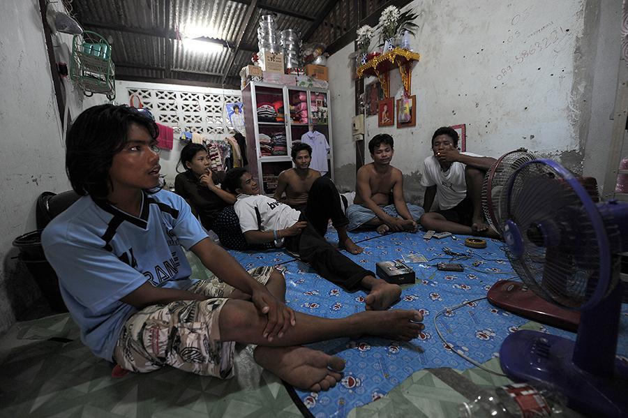 Таиланд избавится от нелегальных рабочих