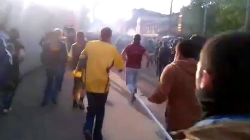 В Харькове футбольные фанаты спровоцировали драку со сторонниками федерализации