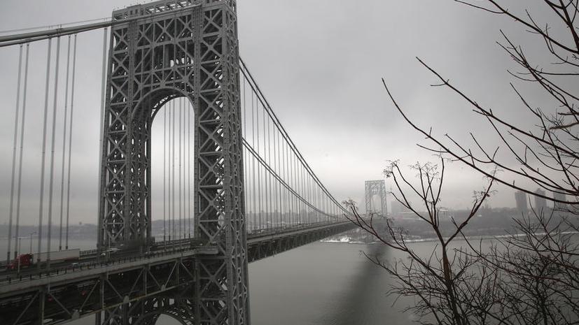 Сторонники губернатора Нью-Джерси перекрыли мост до Нью-Йорка, чтобы отомстить оппоненту