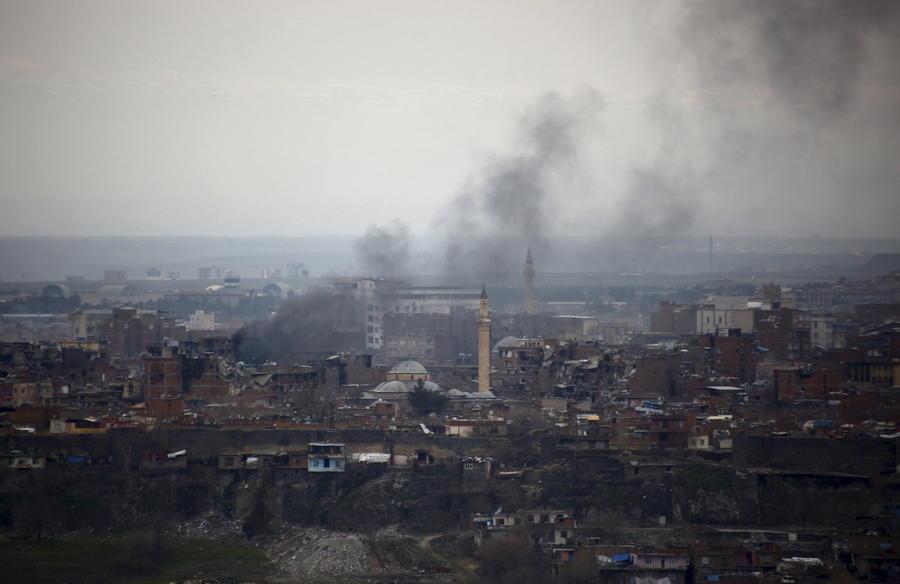 Депутат турецкого парламента заявила о сожжении заживо 150 курдов военными Турции