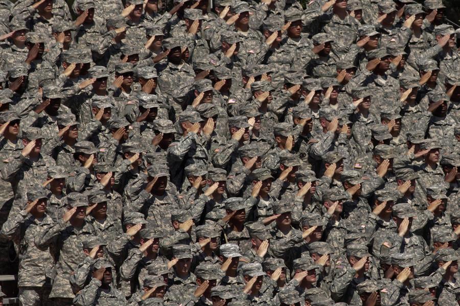 Пентагон переоденет армию в новый камуфляж из-за постоянных жалоб на форму