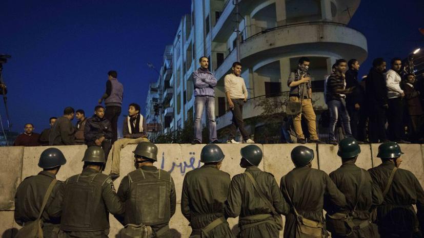 Египетским военным дали право арестовывать гражданских