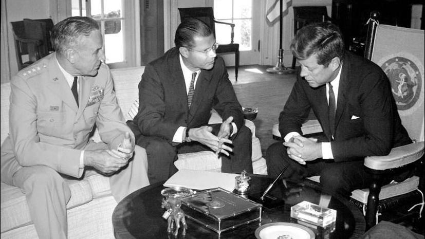 Бразильские СМИ: Кеннеди рассматривал возможность военного вторжения в Бразилию