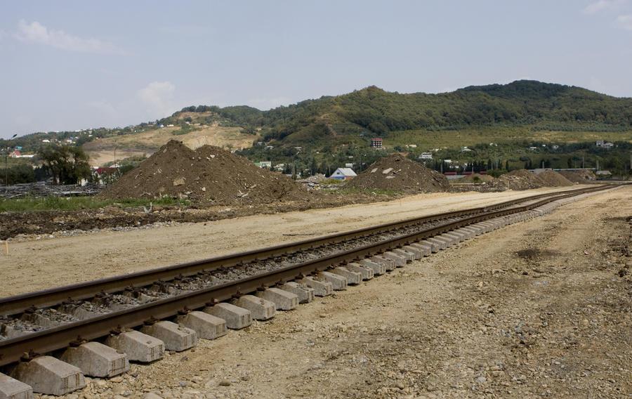 Грузовой поезд сбил пятерых  железнодорожников в Амурской области