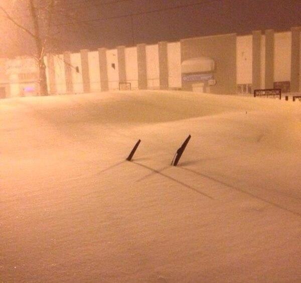 Русская зима: мощный циклон засыпал Хабаровск снегом