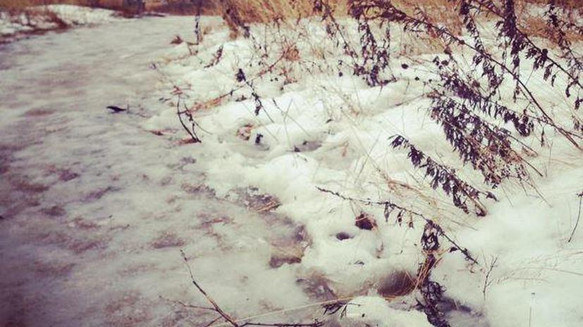 Пользователи соцсетей делятся кадрами затопленных растаявшим снегом улиц российских городов