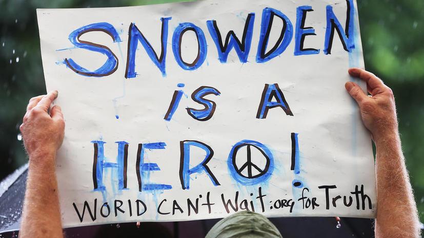 Разоблачитель из ЦРУ Эдвард Сноуден намерен остаться в Гонконге и обещает новые сенсации