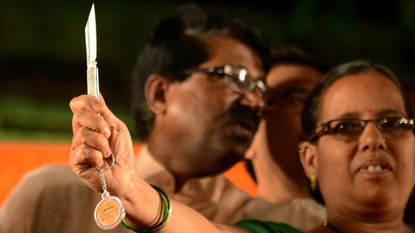 Женщины в Индии защитятся от насильников ножами