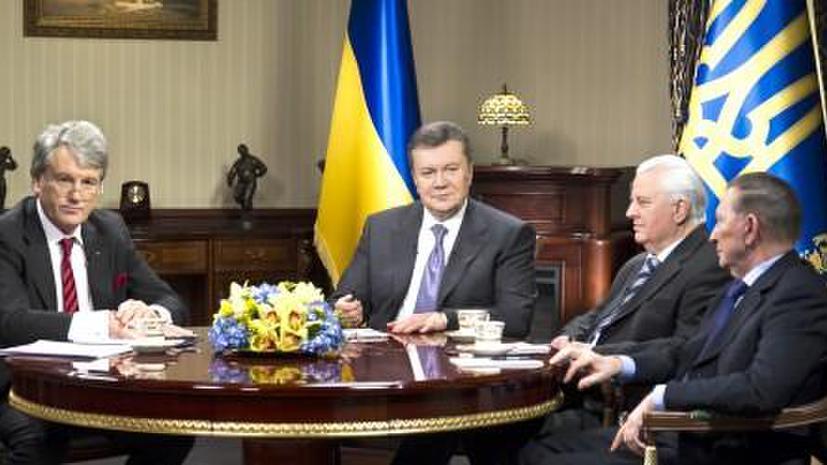 Виктор Янукович пообещал освободить участников акций протеста