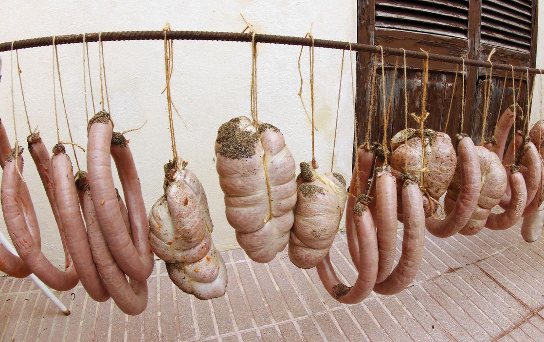 «Докторскую» колбасу перестанут производить в России