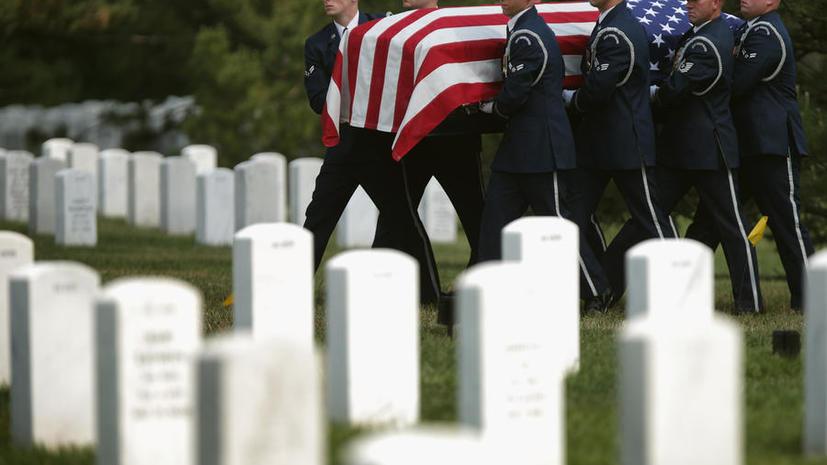 Сотрудница Пентагона раскрыла махинации на Арлингтонском кладбище и была уволена