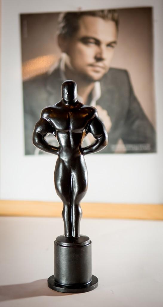 Леонардо Ди Каприо получит чугунного Оскара от челябинского театра