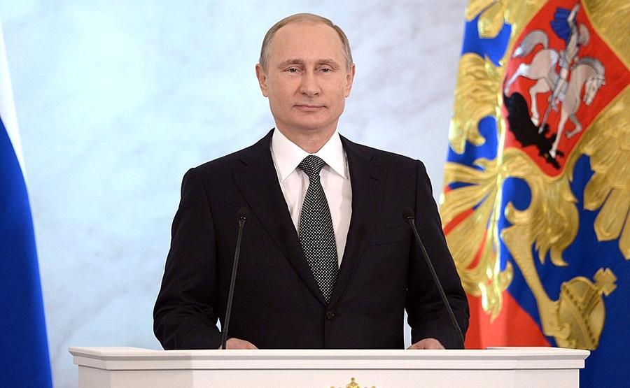 Сегодня Владимир Путин обратится с посланием к Федеральному собранию