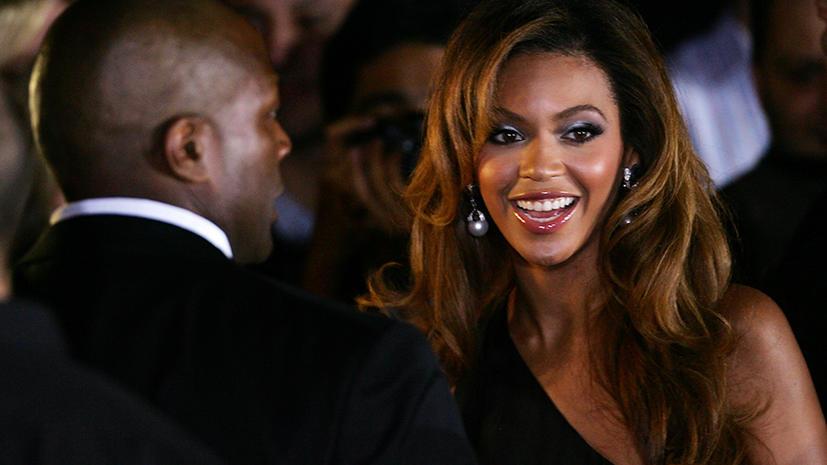 «Самые сексуальные женщины 21 века» спровоцировали расистский скандал
