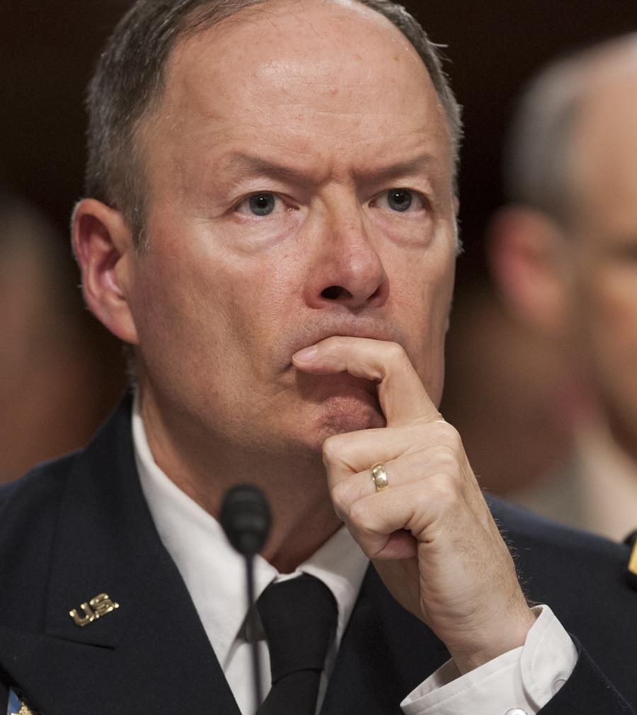 Глава АНБ увильнул от вопроса сенатора о слежке за рядовыми американцами