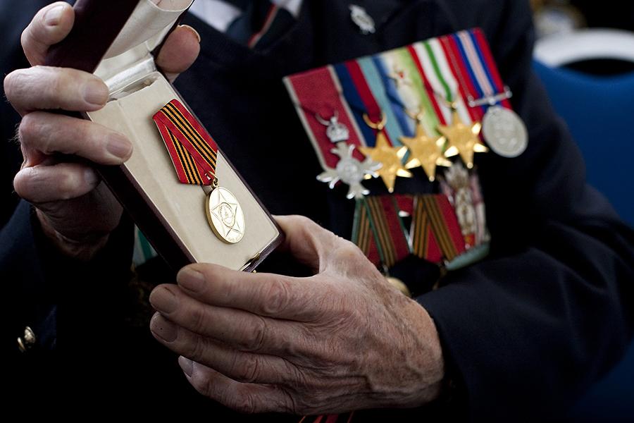Английские ветераны останутся без российских наград