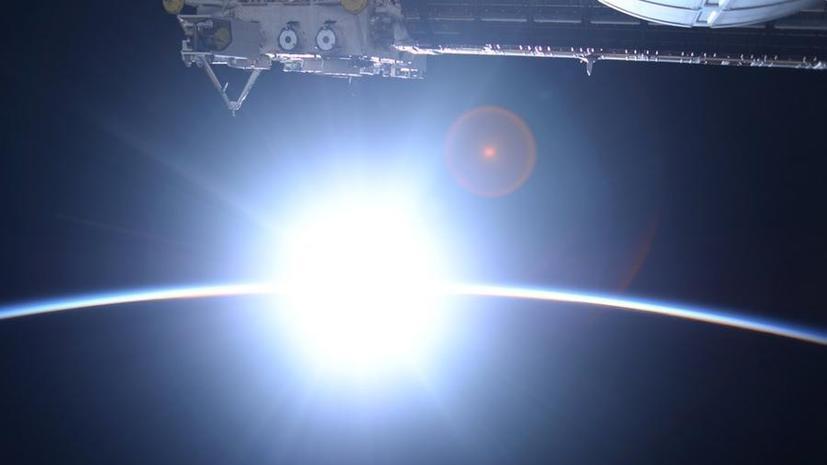 Японский астронавт опубликовал в Twitter невероятные снимки Земли из космоса