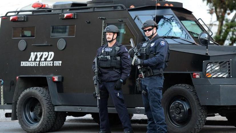 Полиция Нью-Йорка усиливает меры безопасности, опасаясь волнений
