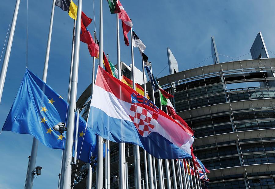 Хорватия может лишиться обещанного ЕС кредита в €250 млн