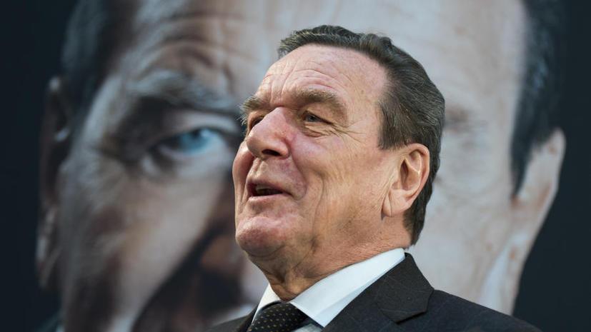 Шрёдер посоветовал Ангеле Меркель «уйти вовремя»