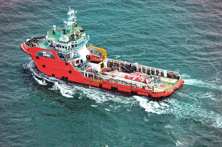 На дне Яванского моря обнаружен бортовой самописец разбившегося лайнера AirAsia