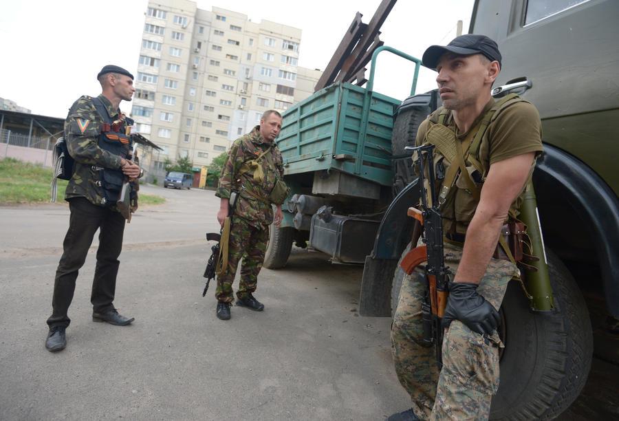 СМИ: Десять украинских пограничников сдались ополченцам в Луганске