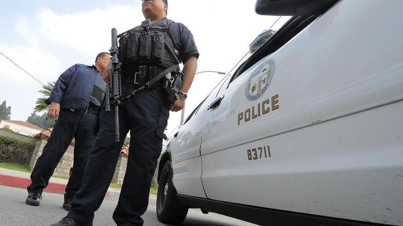 В США полицейские жестоко избили русского эмигранта за то, что он попросил их озвучить выписанный ему штраф