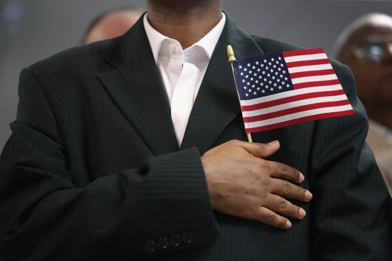 СМИ: Всё больше американцев отказываются от гражданства США