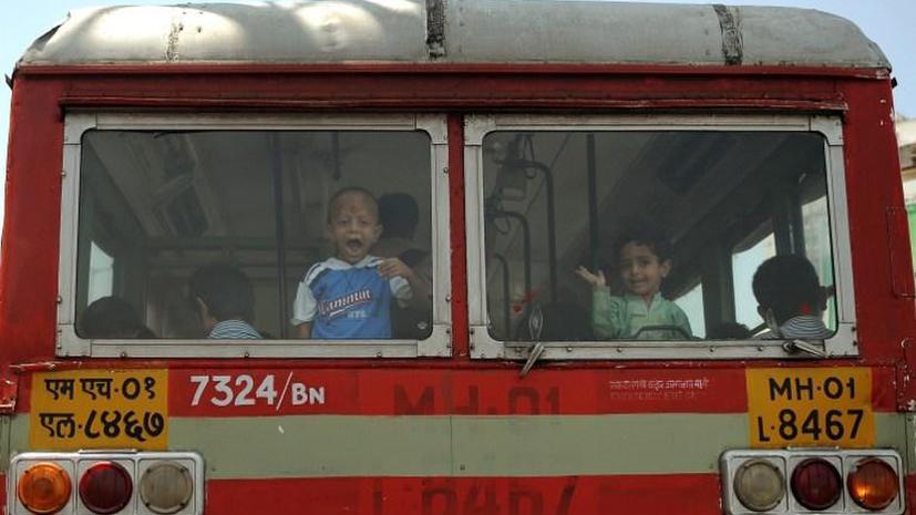 В Индии арестован водитель школьного автобуса, который показывал детям порноклипы