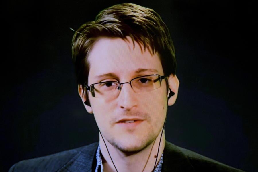 Взаперти: Эдвард Сноуден рассказал испанскому телеканалу, почему остался в России