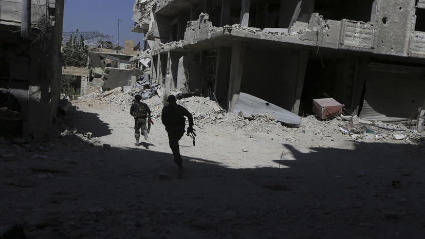 Террористы «Исламского государства» в Сирии спасаются бегством после первых авиаударов России