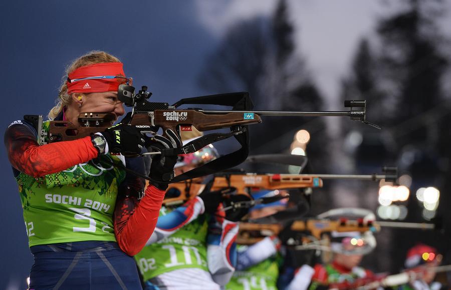 Российские биатлонистки выиграли серебряные медали в олимпийской эстафете