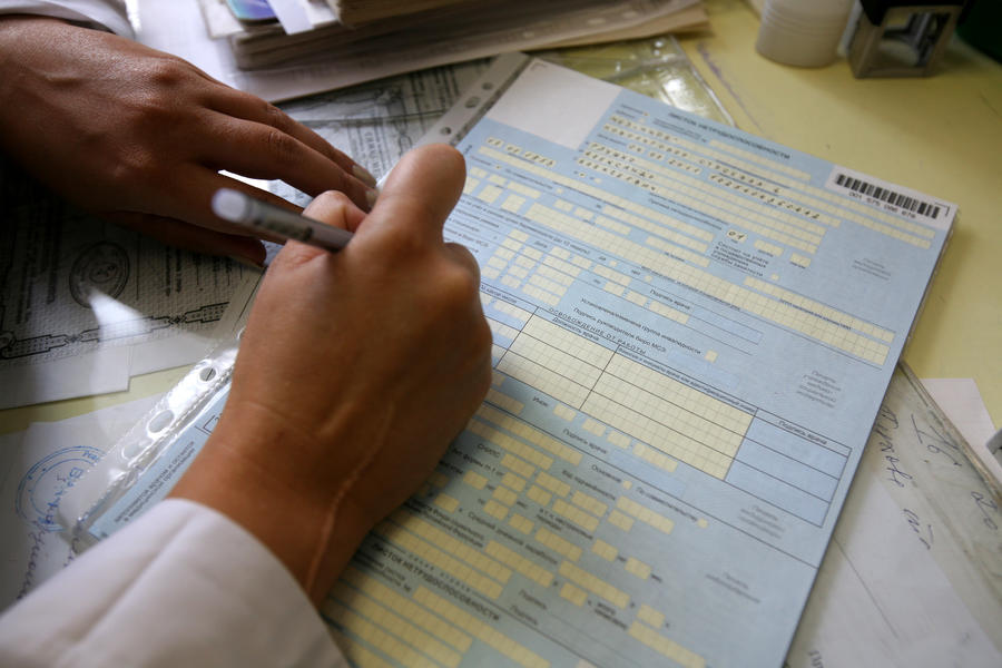 В Совфеде предложили полностью оплачивать больничный при опасных инфекциях