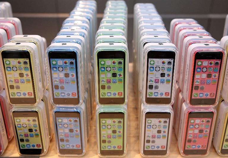 Apple сокращает производство iPhone 5C из-за низкого спроса