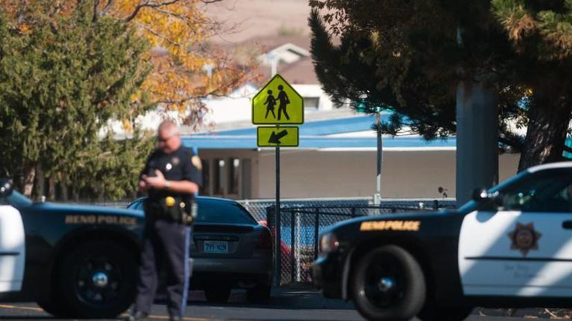В целях воспитания: полицейские в Айове застрелили подростка после звонка его отца