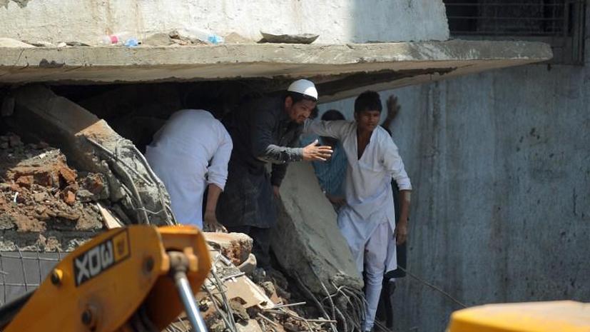 Два дня под обломками: в Индии из-под завалов жилого дома достали живую женщину