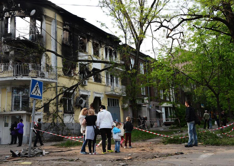 Польские СМИ: Варшава наплевала на судьбу поляков из Мариуполя