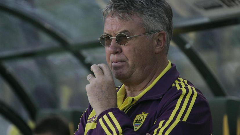 Гус Хиддинк подал в отставку с поста тренера «Анжи»