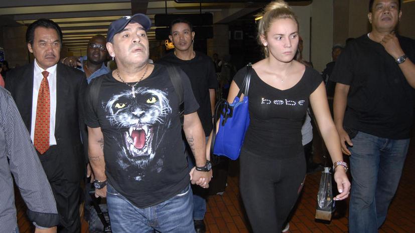 Диего Марадона подозревается в избиении фотографа