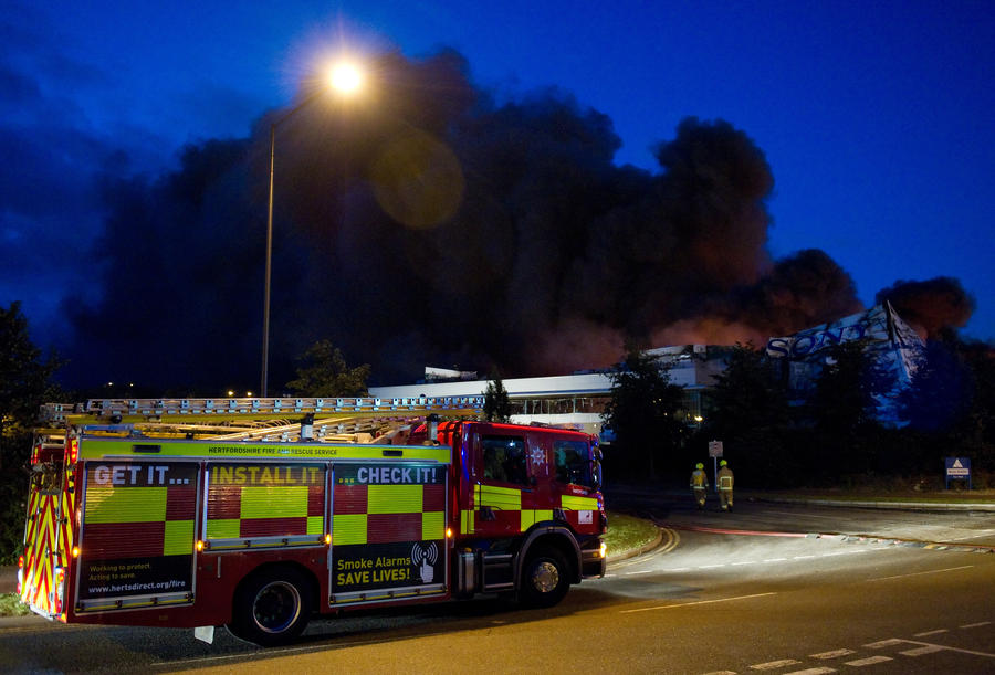 В Лондоне сожгли мечеть и исламский культурный центр