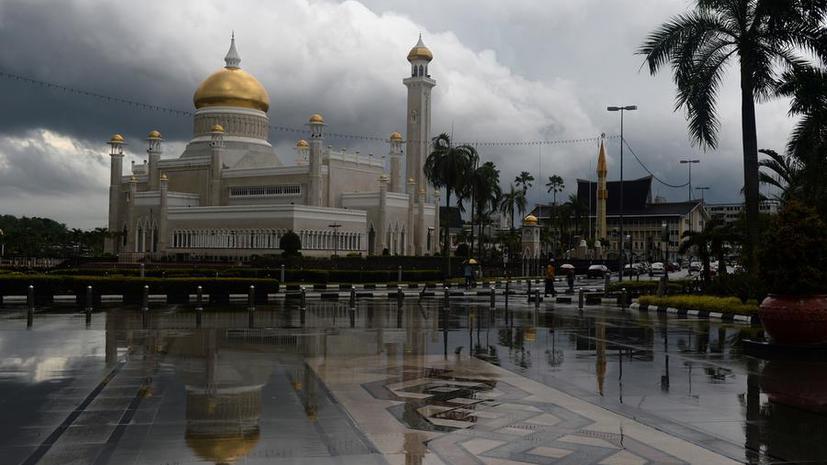 Бруней станет шариатским государством 1 мая
