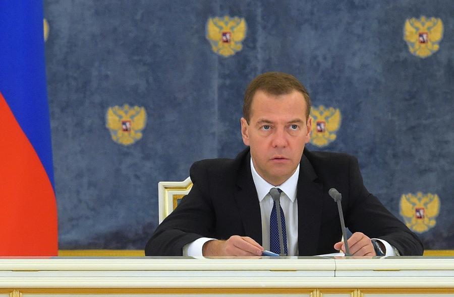 Дмитрий Медведев: Россия и Египет ведут переговоры по поставкам самолётов, танков и кораблей