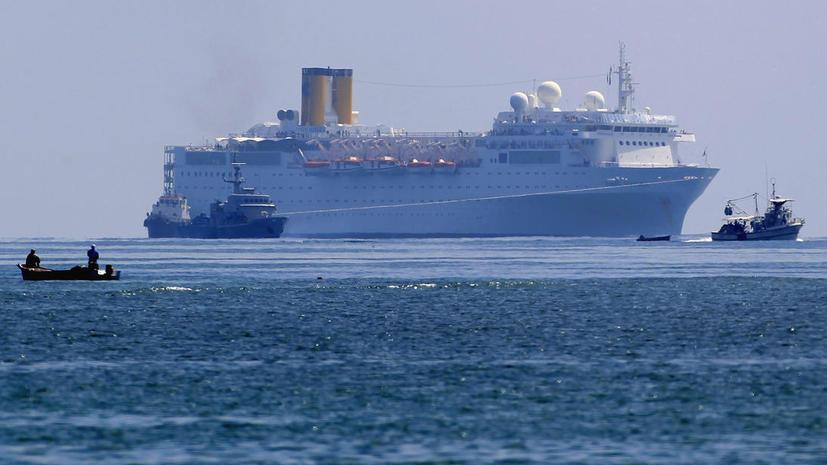 Африканские пираты похитили с судна российских моряков, а груз не тронули