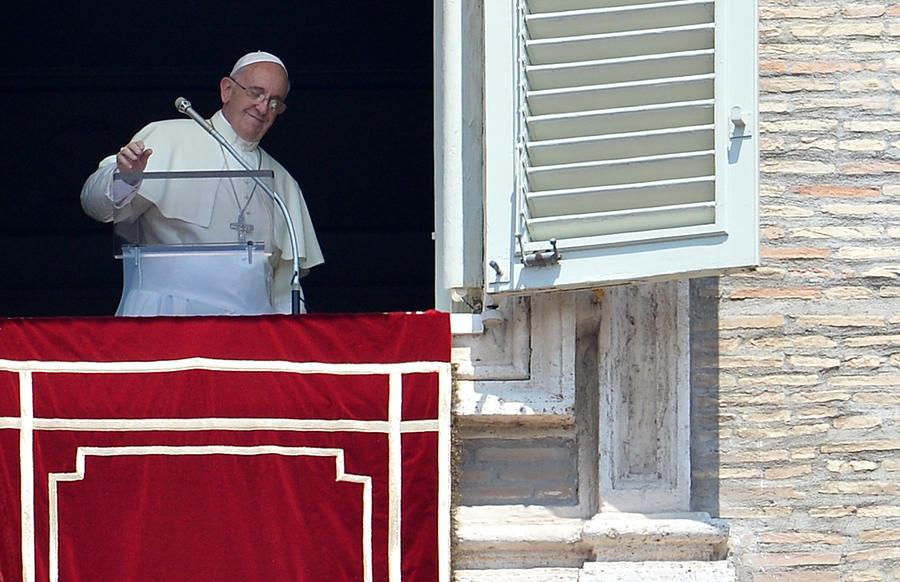 Папа Римский призвал журналистов перечитывать Достоевского