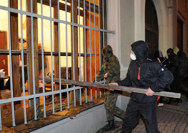 Мэр Львова заявил о краже оружия из отделений милиции