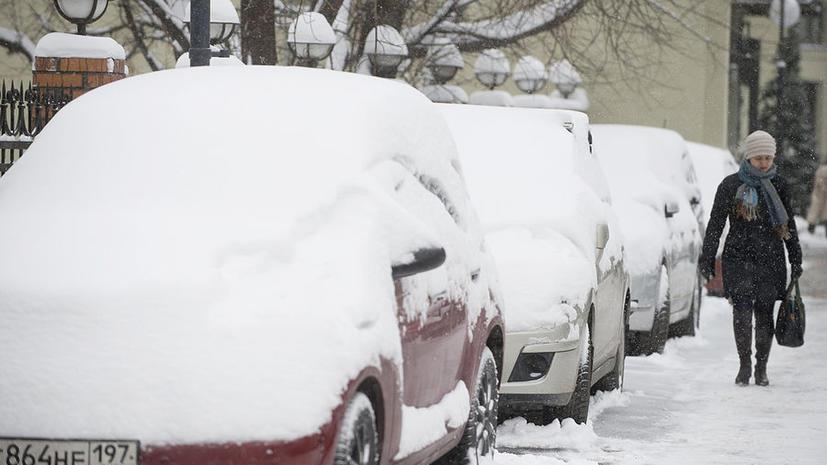 Москва приходит в себя после рекордного снегопада
