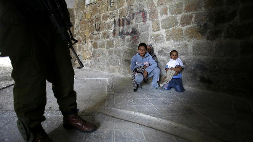 Израиль арестовал в 2012 году 900 палестинских детей