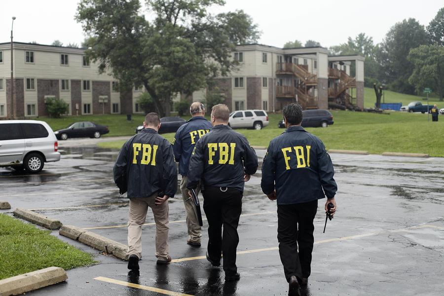 ФБР замаскировалось под журналистов, чтобы найти преступника